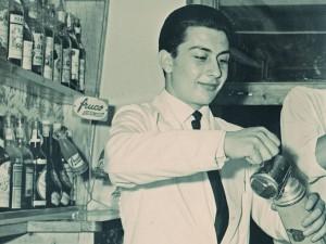 Jordi Comas fent de Barman
