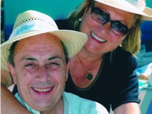 Jordi Comas i Carme a la terrassa de l'hotel